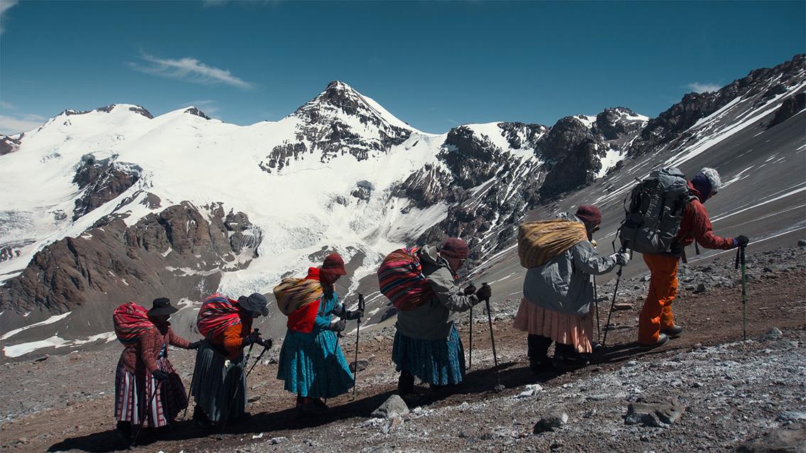 Programm 2 – Frauenpower: Between Walls & Cholitas