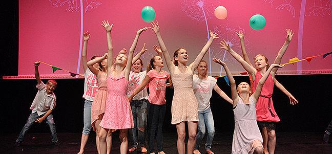 Sommershowing 2017 – Aus der Reihe tanzen...